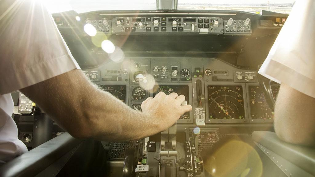 fogyni repülés közben