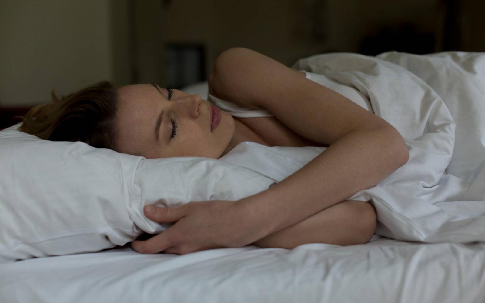 Tudd meg, hogy segít az alvás a fogyásban! | nlc